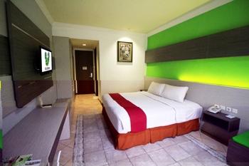 Lotus Garden Hotel Kediri - Deluxe Room Only LAST MINUTE DEAL