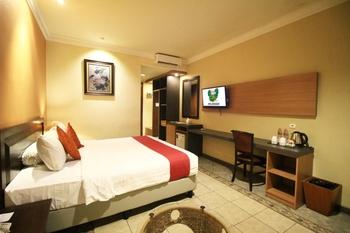 Lotus Garden Hotel Kediri - Family Suite KETUPAT