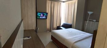 LYNT Hotel Makassar - Suite Room Only Regular Plan