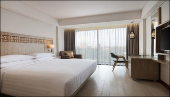 Fairfield by Marriott Bali Legian Bali - Deluxe Room King Bed Pool View Room Only Regular Plan