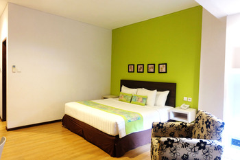 Sunwood Arianz Hotel managed by BENCOOLEN Mataram - Deluxe Room  Regular Plan
