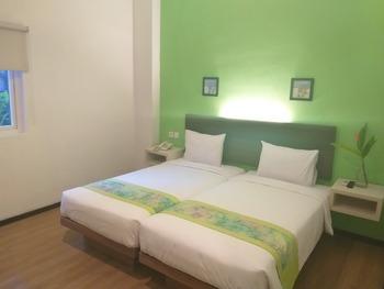 Sunwood Arianz Hotel managed by BENCOOLEN Mataram - Superior Room Only Regular Plan