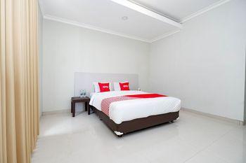 OYO 2133 Pintu Naga Semarang - Standard Double Room Regular Plan