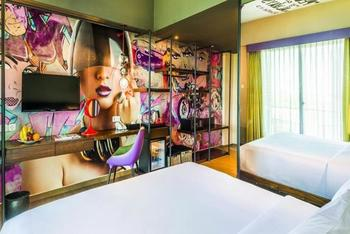Dash Hotel Seminyak - Dash Studio Grafitti with Breakfast Basic Deal