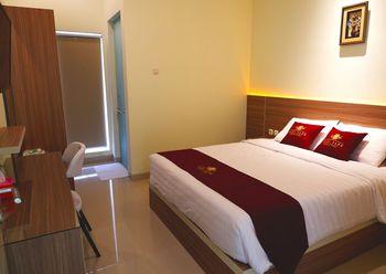 Hadi Park Surabaya - Double Room Regular Plan