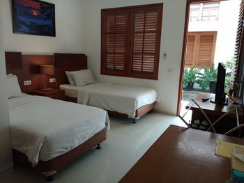 Graha Kinasih Kotabaru Jogja - Superior Room Only Regular Plan