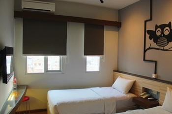 Everyday Smart Hotel Mangga Besar Jakarta - Bright Day Twin Bedroom Promo PDKT