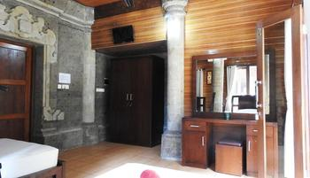 Villa Happy Jimbaran Bali - Two Bedrooms Cottage Regular Plan