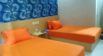 Hotel Mutiara Panderman Malang - Superior Twin Bed Regular Plan