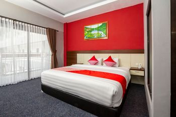 OYO 1334 De'amor Exclusive Timoho Yogyakarta - Suite Double Regular Plan