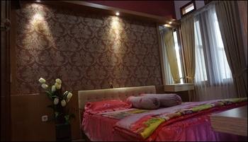 Villa Grand Estate By DP Planet Malang - Villa 3 Bedroom - Jawa Timur Deals Regular Plan