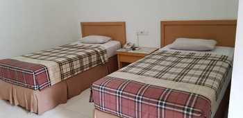 Hotel Sulawesi Kertajaya Surabaya - Superior Lt. 1 Room only Regular Plan