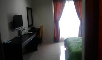 Bumi Gumati Sentul - Deluxe Room Only Regular Plan