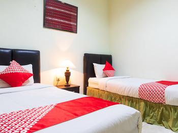 OYO 1682 Greenia Hotel Kupang - Standard Twin Room Early Bird