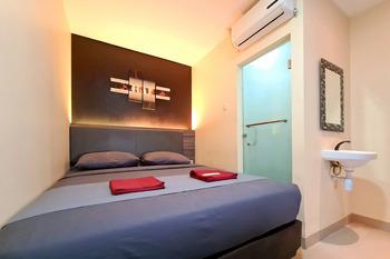 City Biz Residence Jakarta - Standard Room with Breakfast AntiBoros