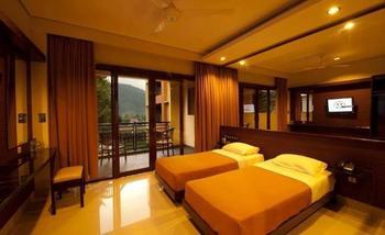 Hotel Bintang Tawangmangu - Deluxe Room Promo Regular Plan