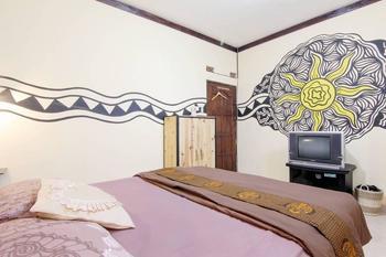 Andakara Homestay Yogyakarta - Deluxe Room Last Minute Deal