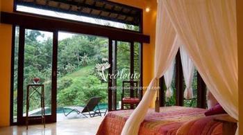 Villa Umah Shanti Bali - Bedroom Villa with Breakfast Pegipegi Regular Plan