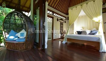 Villa Umah Shanti Bali - 3 Bedroom Villa with Breakfast Regular Plan