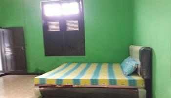 Dahlia Asri Homestay And Guest House Purwakarta - Dahlia 2 Fan Regular Plan