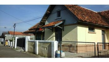 Dahlia Asri Homestay And Guest House