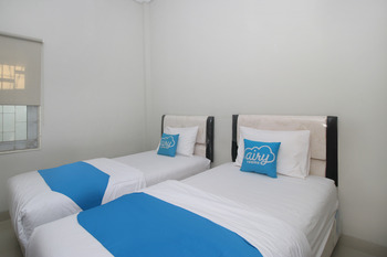 Airy Eco Grage Cangkring Tengah 22 Cirebon - Superior Twin Room Only Special Promo Oct 45