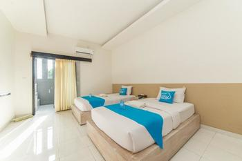 Airy Denpasar Timur Ciung Wanara II Bali - Deluxe Twin Room with Breakfast Special Promo 4