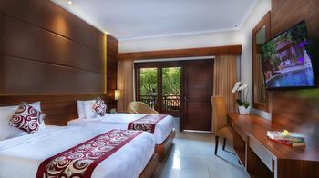 Adhi Jaya Hotel Bali - Premier Pool View Last Minute Promo