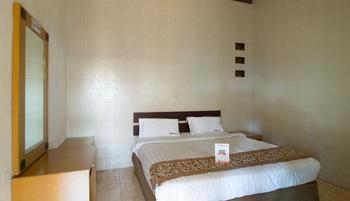 RedDoorz @ Gatot Subroto Bandung - RedDoorz Room Regular Plan