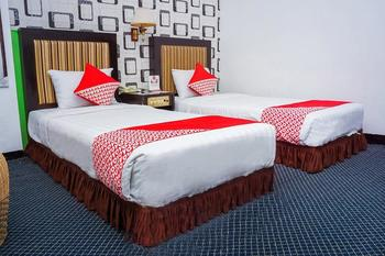 OYO 403 Flaminggo Halal Padang Panjang - Suite Twin Room Regular Plan