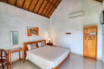 Kira Cottages Bali - Budget Double Room SCTV