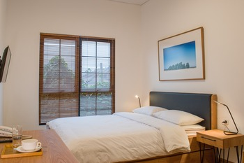 Rumanami Residence Jakarta - Deluxe Queen Room Only  PROMO GAJIAN