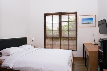 Rumanami Residence Jakarta - Standard Double Room Non Smoking PROMO PDKT