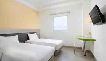 Amaris Hotel Pettarani Makassar - Smart Room Twin Offer Last Minute Deal