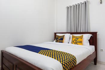 SPOT ON 2063 Bethania Residence Kupang - Standard Double Room Early Bird