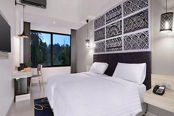 Aston Anyer - Superior Room with Breakfast Regular Plan