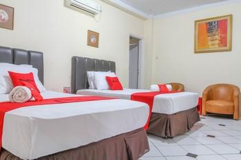 RedDoorz Plus @ Otista Garut Garut - RedDoorz Twin Room LM 5%