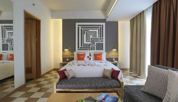 THE 101 Hotel Bogor - Executive Suite With Breakfast Non Refundable Regular Plan