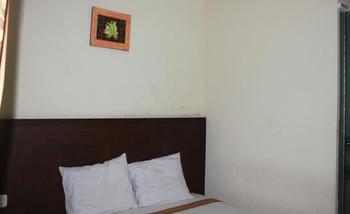 Grand Raggea Hotel Malang - Standard Room Regular Plan
