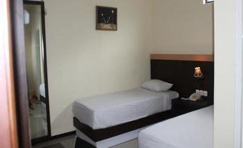 Grand Raggea Hotel Malang - Superior Twin Bed Regular Plan
