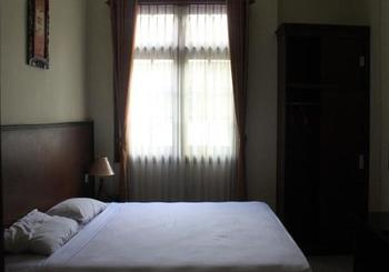 Grand Raggea Hotel Malang - Deluxe Single Bed Regular Plan