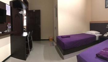 Grand Raggea Hotel Malang - Superior Twin Bed Regular Plan