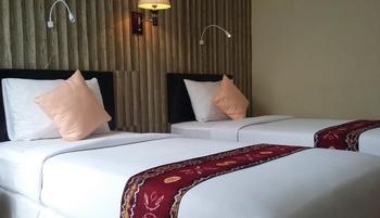 Queen City Hotel Banjarmasin - DELUXE TWIN Flash Sale