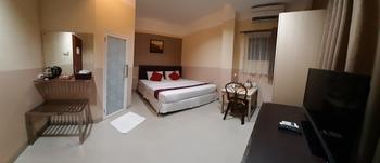 Queen City Hotel Banjarmasin - DELUXE KING Flash Sale