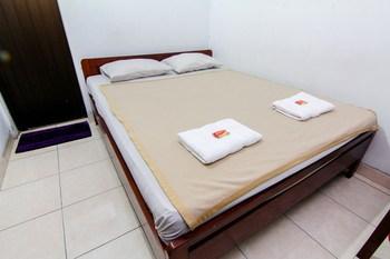 Sakura Hotel Yogyakarta - Deluxe Breakfast Non Refundable Stay Longer Promotion