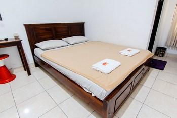 Sakura Hotel Yogyakarta - Superior Breakfast FC 2D Stay Longer Promotion