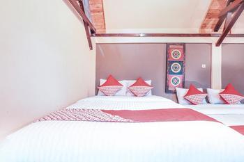 OYO 243 The Village Bumi Kedamaian Bogor - Suite Family Room Regular Plan