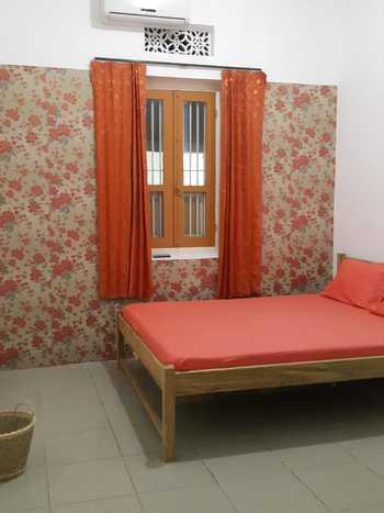 Ayomi Homestay Yogyakarta - Adem Room Only with Shared Bathrooms Regular Plan