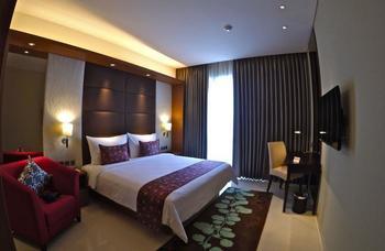 Hotel Margo Depok - Deluxe King Room Only Regular Plan