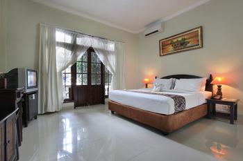 Hotel The Taman Ayu Seminyak - Superior Room Only Last minute Promo